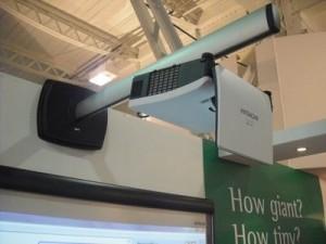 Vídeo proyector de ultra corta distancia Hitachi cpaw100n